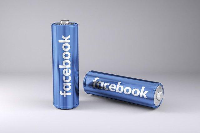Facebook: Sostegno per le Piccole Imprese Italiane